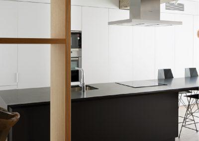 Cocina laminado blanco y negro 02