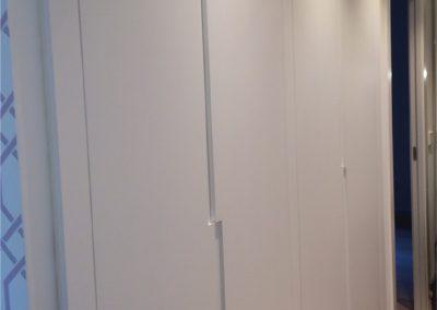 Frente de armario lacado en gris