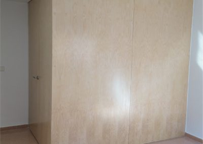 Modulo vestidor con forro exterior de abedul natural-08