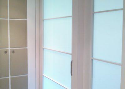 Puertas lacadas en blanco piso valencia 04